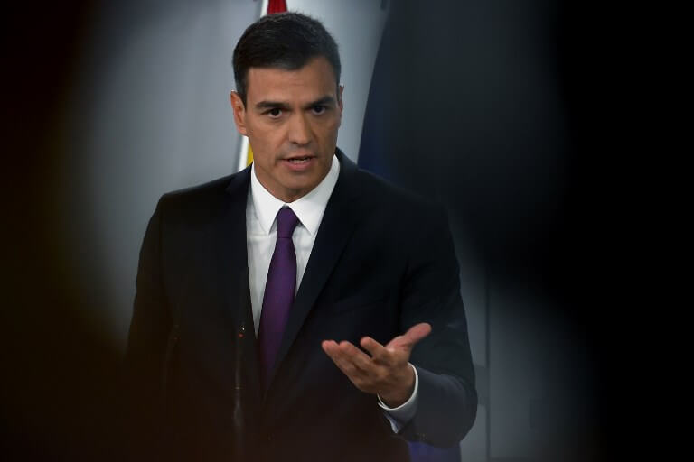 Pedro Sánchez fights back on plagiarism allegations