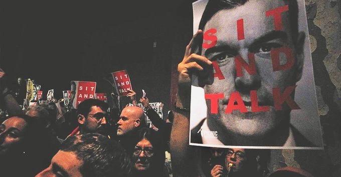 Pedro Sanchez protest