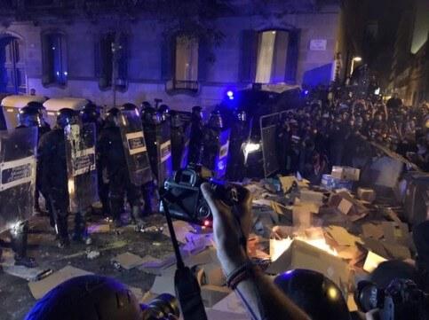Protestors Barcelona