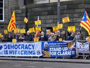 Clara Ponsatí supporters