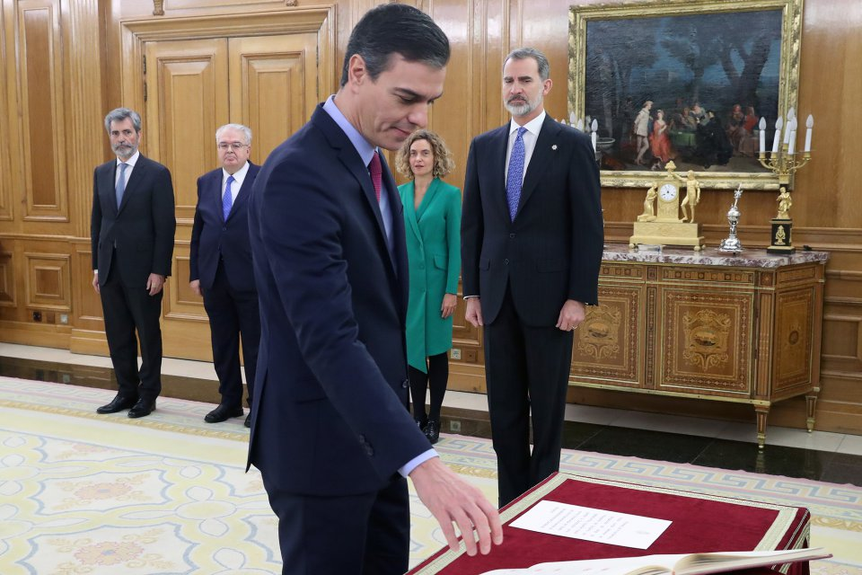 Pedro Sánchez swearing in