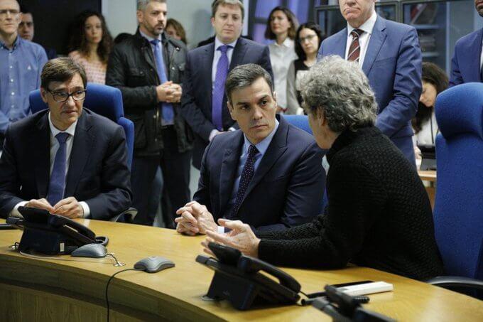 Salvador Illa, Pedro Sánchez and Fernando Simón