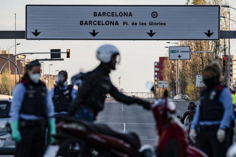 Police checks in Barcelona