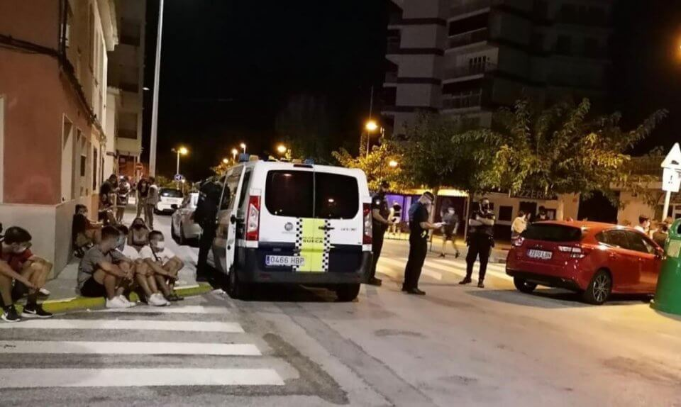 Police carrying out checks in El Perello