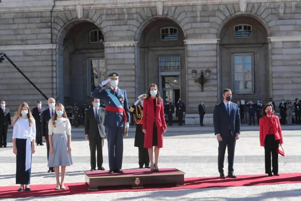 Felipe VI presiding over the ceremony for Spain's National Day
