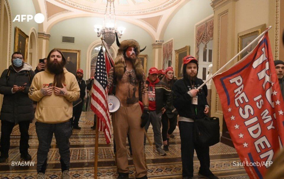Mob storms US Capitol