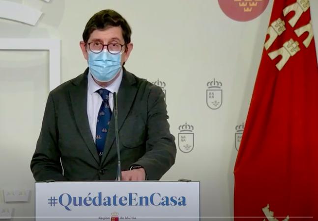 Manuel Villegas during a press briefing in Murcia