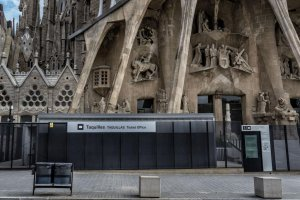 Ticket offices closed at the Sagrada Familia in Barcelona during the pandemic.