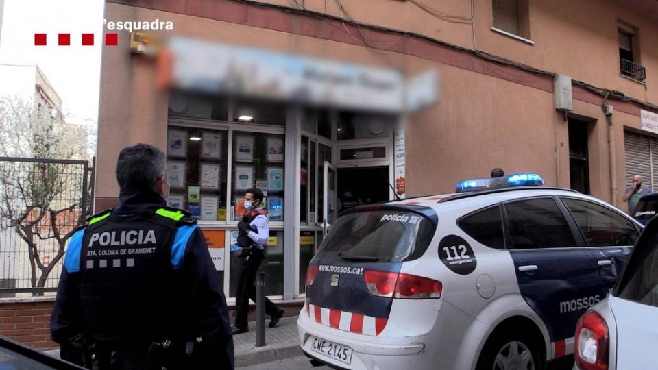 Image released by the Mossos d'Esquadra of part of the investigation into the one of the travel agencies
