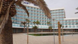 A hotel closed in Roquetas de Mar