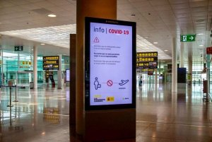 An image at Barcelona airport during the height of the pandemic