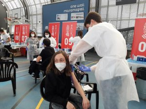 Mass vaccination of teachers and education staff being carried out in Valencia