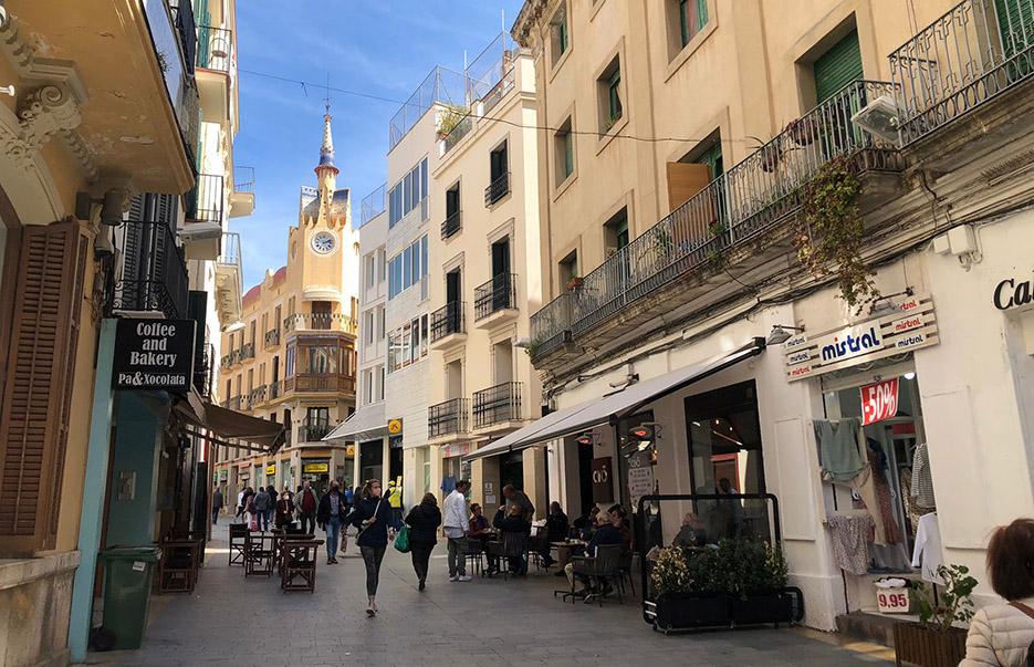 El Carrer Parellades, Sitges