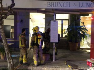Firefighters outside the Hotel Kalma in Sitges