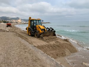 Work taking place on the beach in Sitges