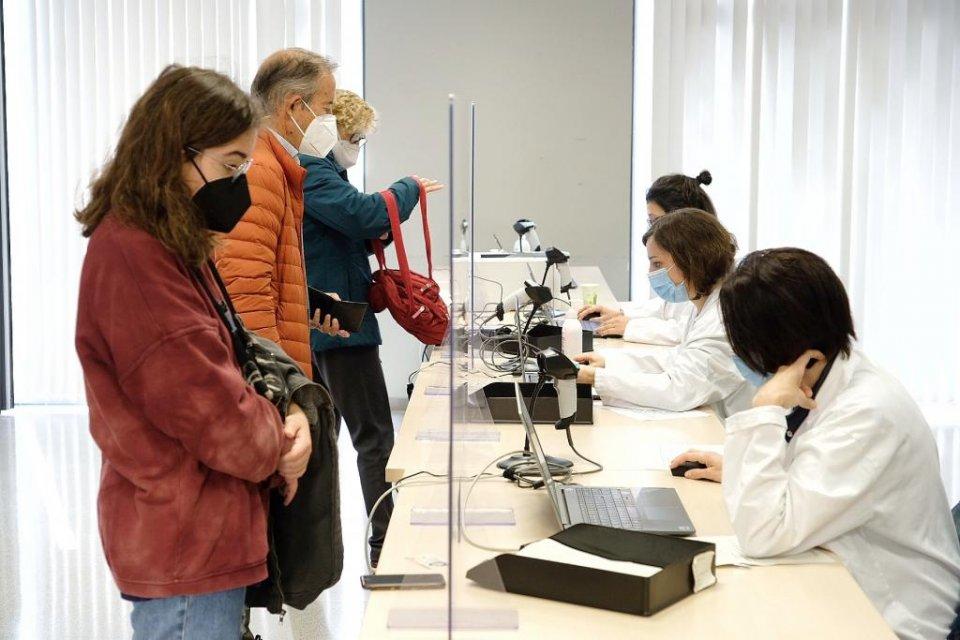 Citizens arriving for jabs of the AstraZeneca vaccine