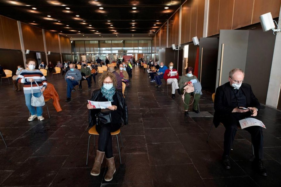 Citizens waiting to be receive a jab against Covid-19 at one of Valencia's mass vaccination centres