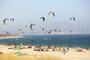 Kite surfing in Tarifa. (Andalucia.org)