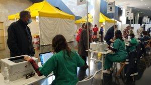 Citizens arriving for Covid-19 vaccinations in La Rioja