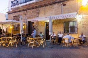Bar stop in Conil de la Frontera. (Andalucia.org)