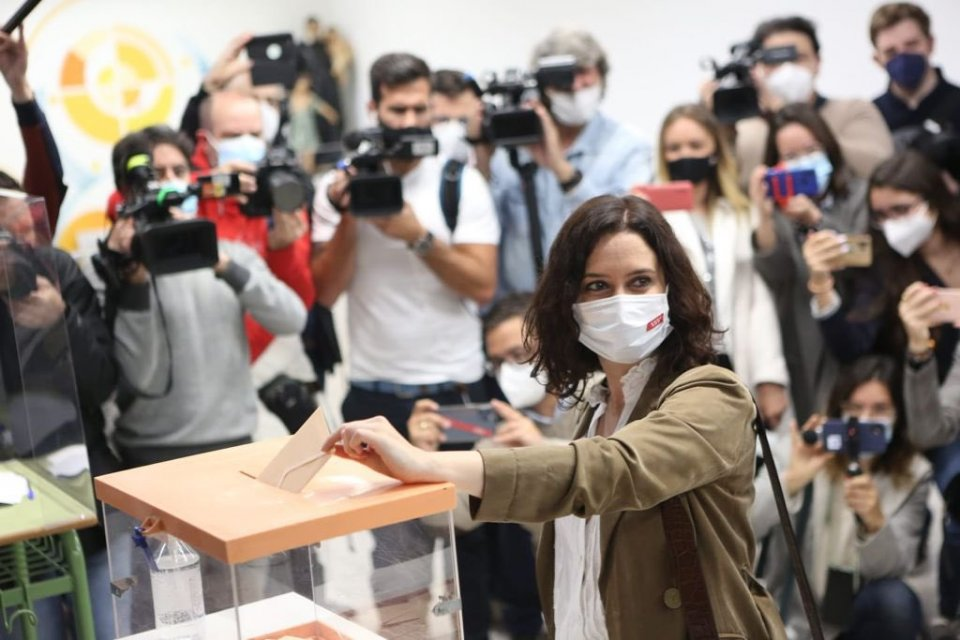 Isabel Díaz Ayuso casting her vote in Madrid