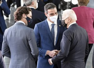 Spanish PM Pedro Sánchez with US President Joe Biden at the NATO and Canadian PM Justin Trudeau