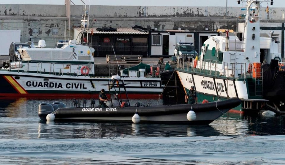 Guardia Civil boats taking part in the search in the Canary Islands