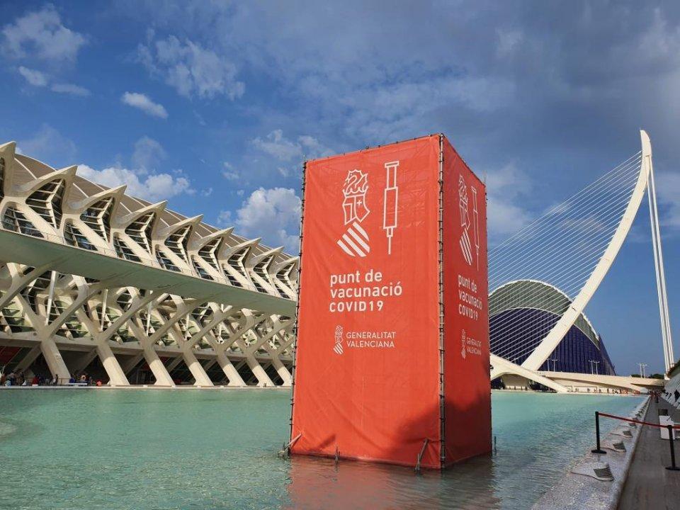'La Ciutat de les Arts i les Ciències' (City of Arts & Sciences) in Valencia