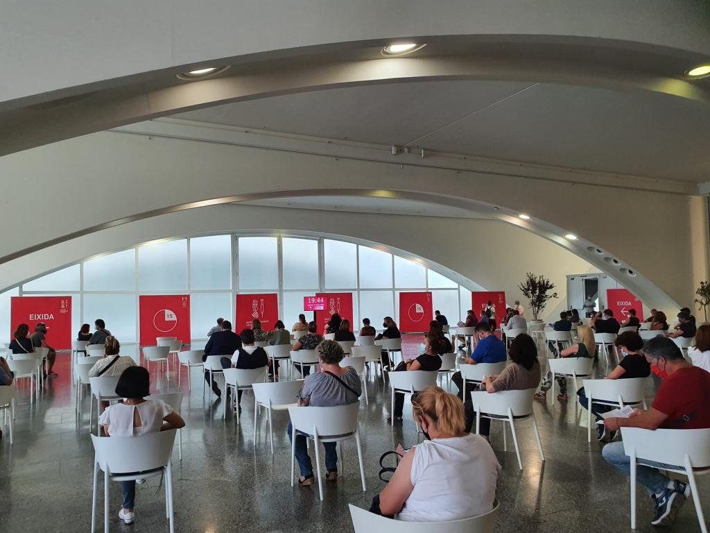 'La Ciutat de les Arts i les Ciències' (City of Arts & Sciences) in Valencia.