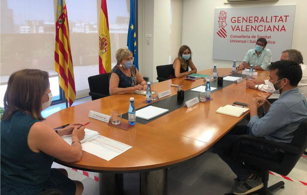 Meeting of Valencia's health and education departments to plan student vaccination
