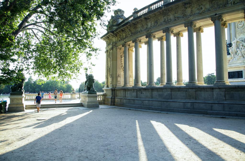 An image of the Retiro Park in Madrid.