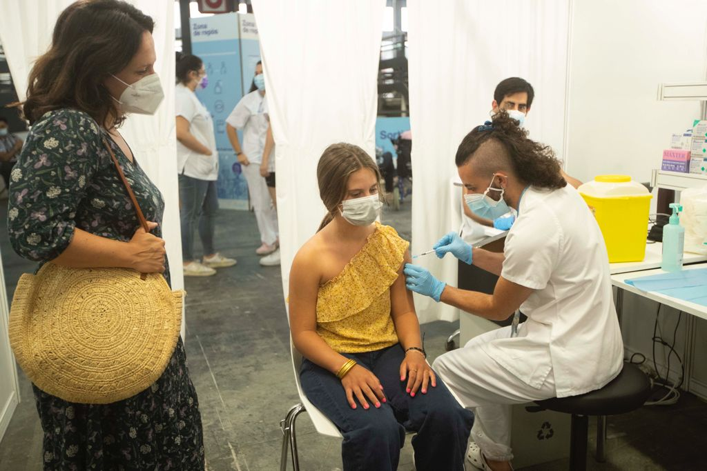 Catalonia has now started to vaccinate people born between 2006 and 2009 and who have already turned 12 years old.