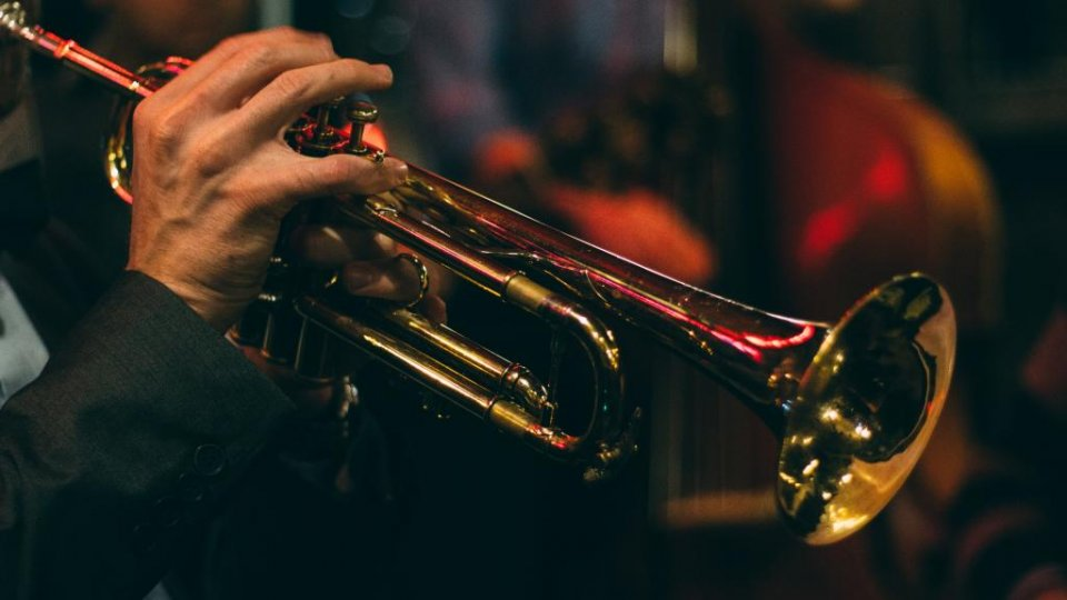 Archive jazz image.