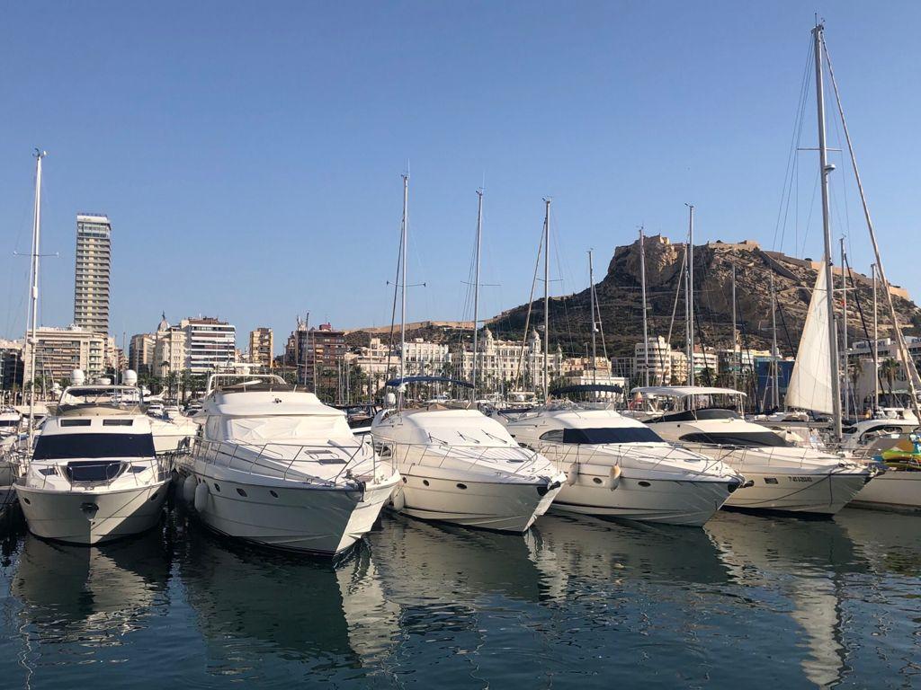 A view across the port towards the Castle of Santa Bárbara / Monte Benacantil, Alicante.