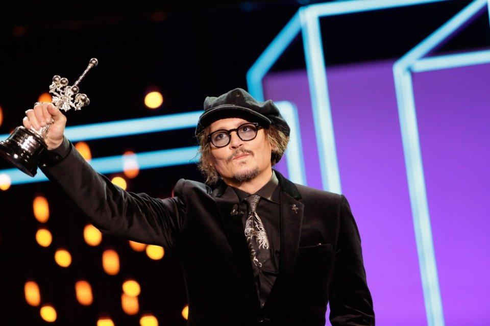 Johnny Depp receiving the Donostia Award