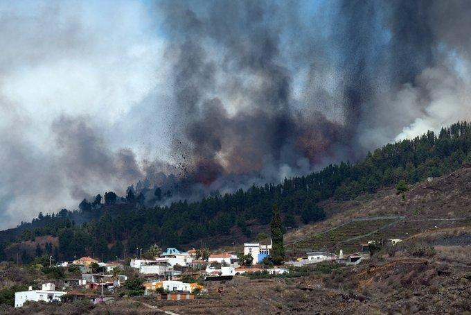 Volcano eruption in La Plama, Canary Islands.